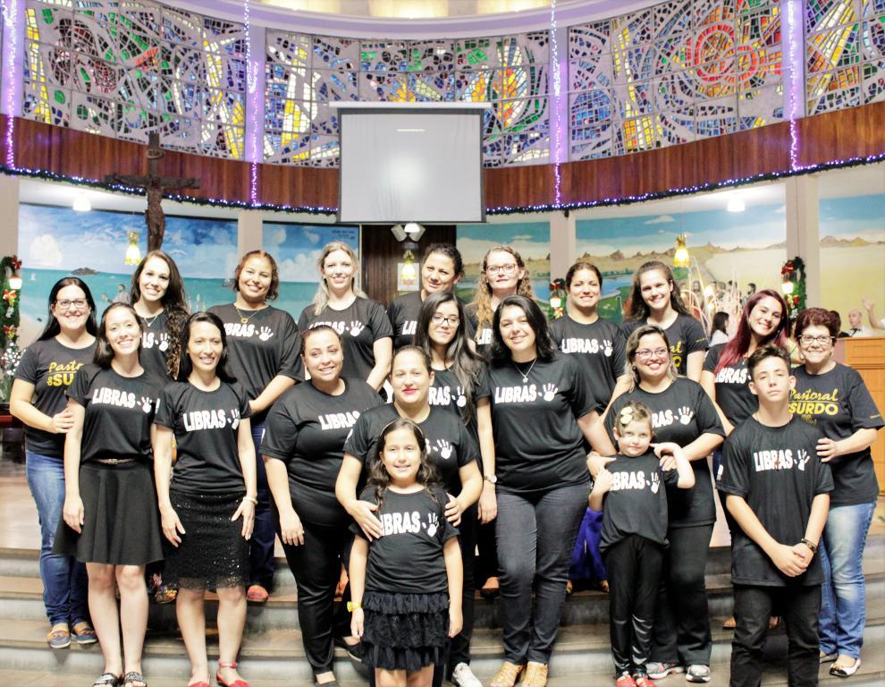 Escola Diocesana de Libras
