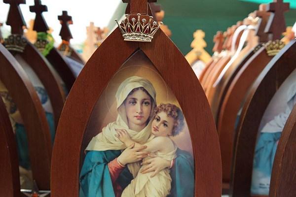 Santo Terço em honra a Mãe Peregrina de Schoenstatt